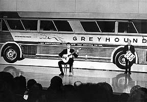 bus on smothers show